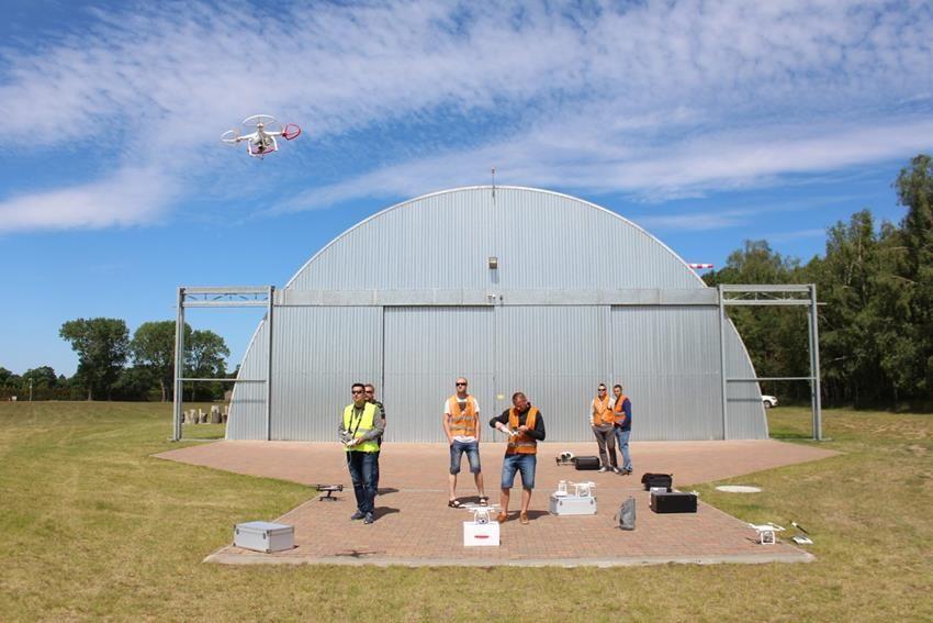 egzaminy_panstwowe_uavo_szkolenia_na_drony_vlos_www.ironsky.pl_sprzedajemy_drony_yuneec_typhoon_dji_phantom_3dr_solo_img_3613
