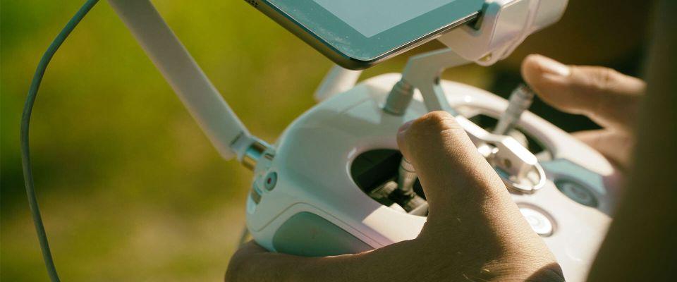 szkolenia UAVO na operatora drona licencja na drony VLOS BVLOS ironsky.pl