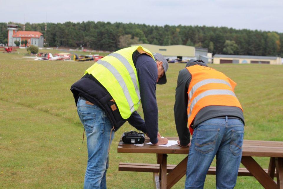 Szkolenie na operatora drona kurs UAVO licencja na drona kurs na drona Warszawa dron licencja na drony IRONSKY Poznań